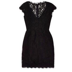 🆕 NWT Babaton Tobias Dress from Aritzia